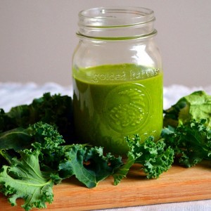 How to Supercharge Your Smoothie with Superfoods