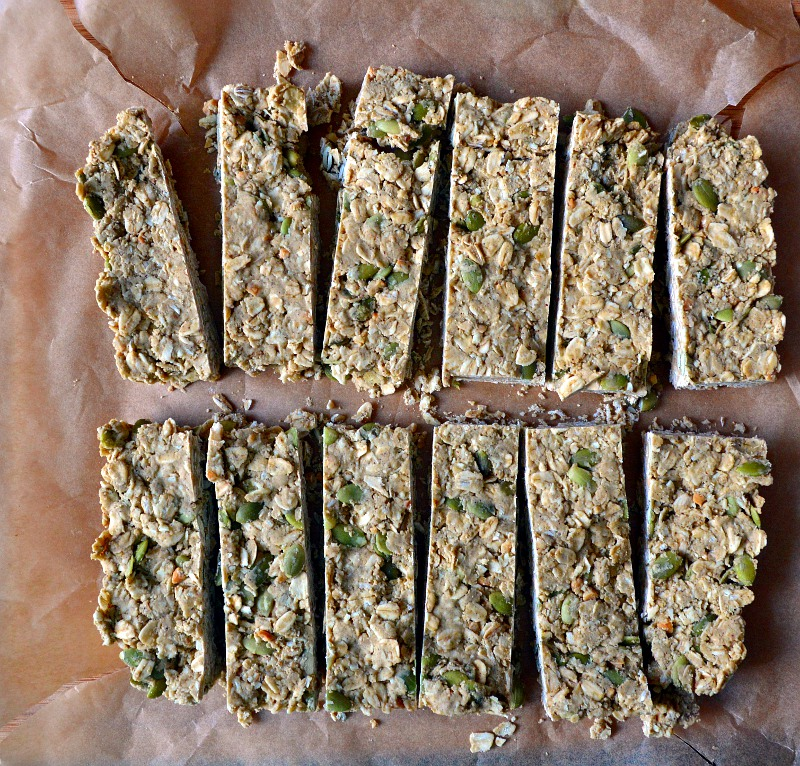 Gluten-Free Maple Vanilla No-Bake Granola Bars