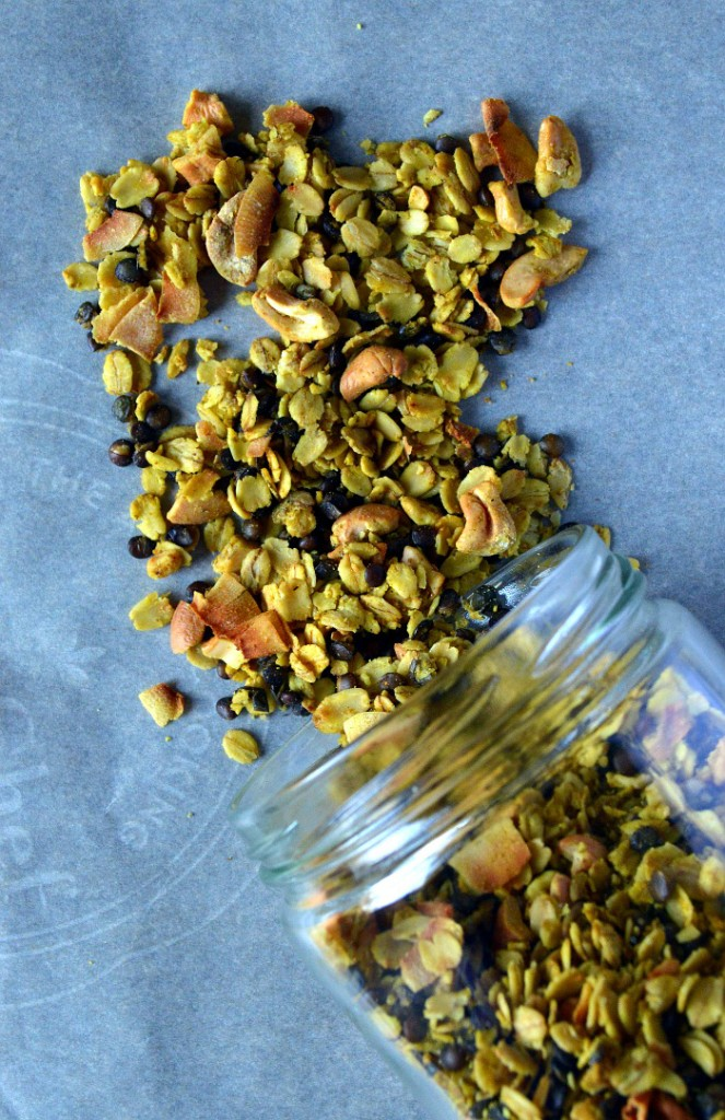 Gluten-Free Curry Flavoured Lentil and Oat Granola